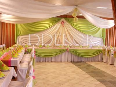 Esküvői dekoráció zöld pink harmónia Jakabszállási Reptér
